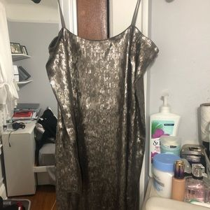 Sequins taupe dress
